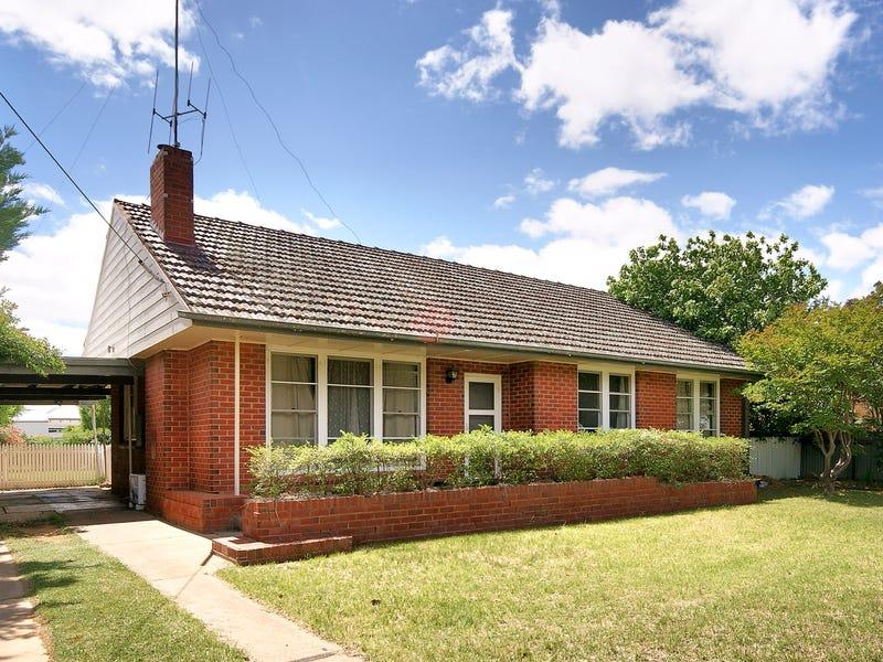 337 Wood Street, Deniliquin, NSW 2710