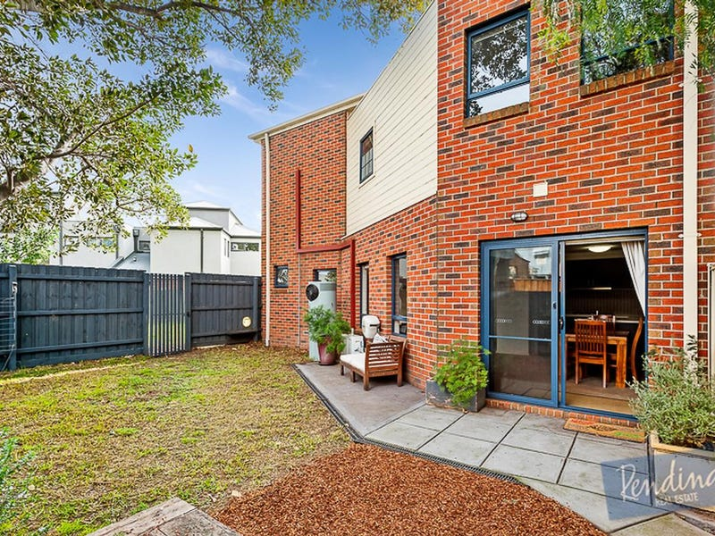 37 Cornish Lane, Kensington, Vic 3031