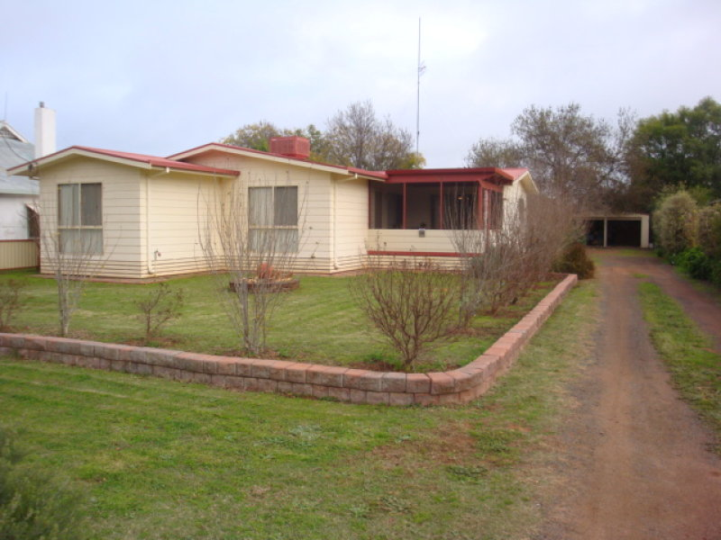 209 High Street, Hillston, NSW 2675