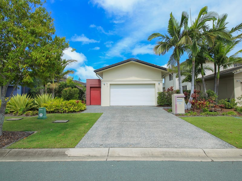 6141 Bolsena Circuit, Hope Island, Qld 4212