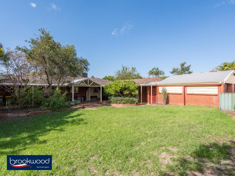 8 Banner Place, Swan View, WA 6056