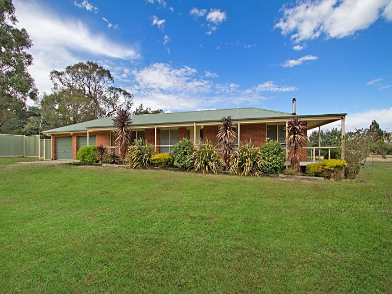 48 Forest Road, Newham, Vic 3442
