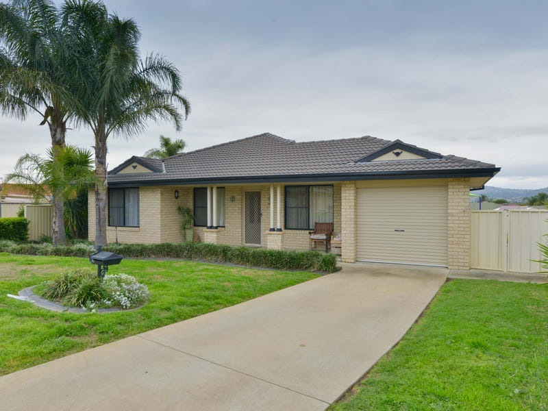 8 Wills Place, Westdale, NSW 2340