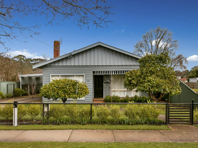 25 Cosmo Road, Trentham, Vic 3458