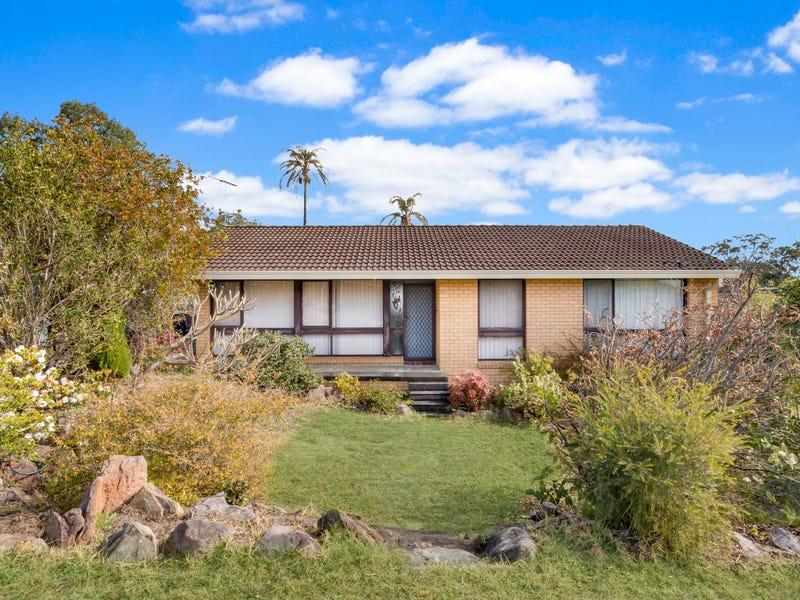 19 Bingara Road, Macquarie Fields, NSW 2564