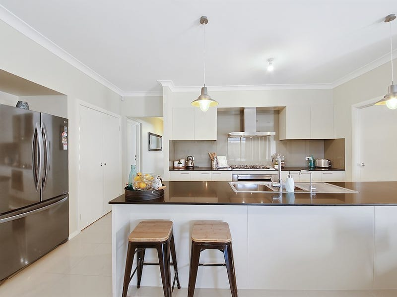 18 Albatross Bend, Wilton, NSW 2571