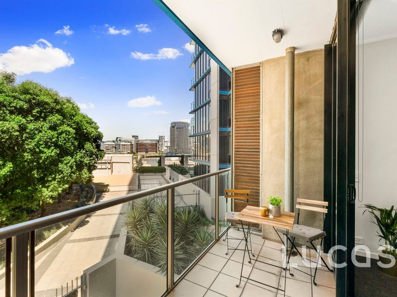 605/20 Rakaia Way, Docklands, Vic 3008