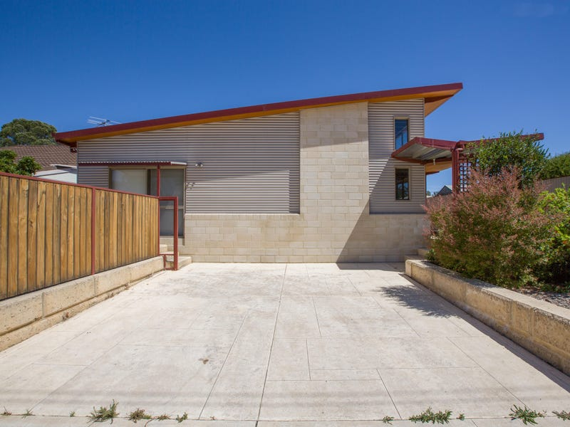 15 Gladstone Crescent, Collie, WA 6225