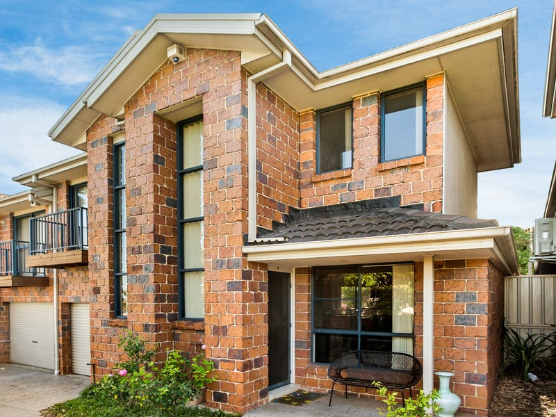9/17-19 Robertson Street, Coniston, NSW 2500