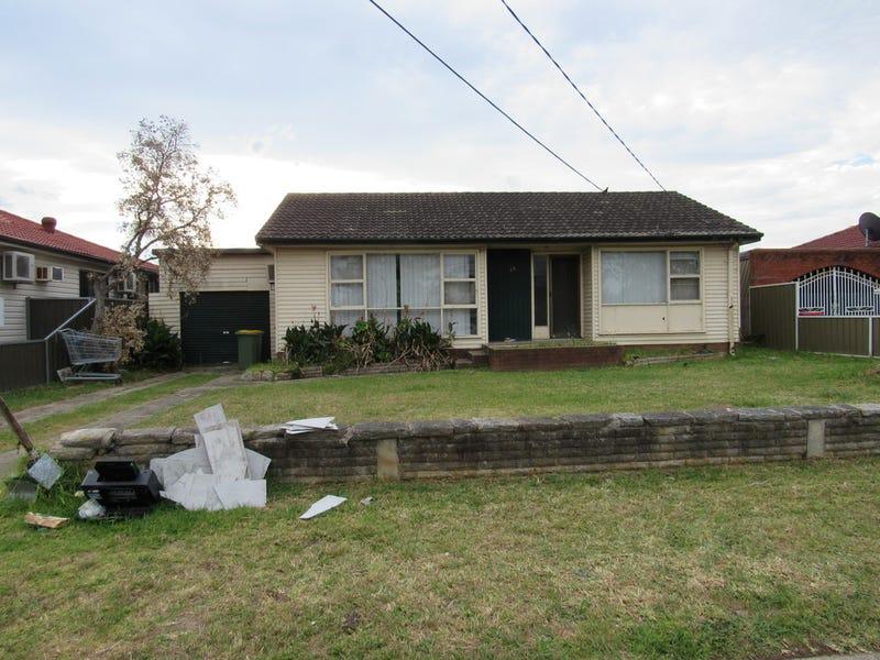 35 Patterson Crescent, Fairfield West, NSW 2165