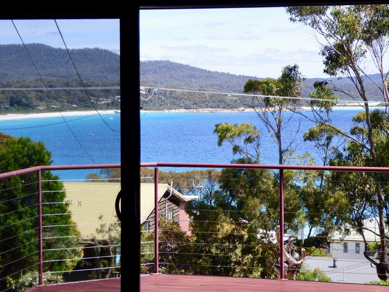 16 Highcrest Avenue, Binalong Bay, Tas 7216