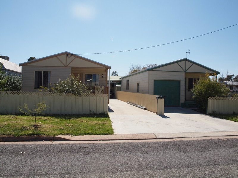 7 Crown, Narrandera, NSW 2700