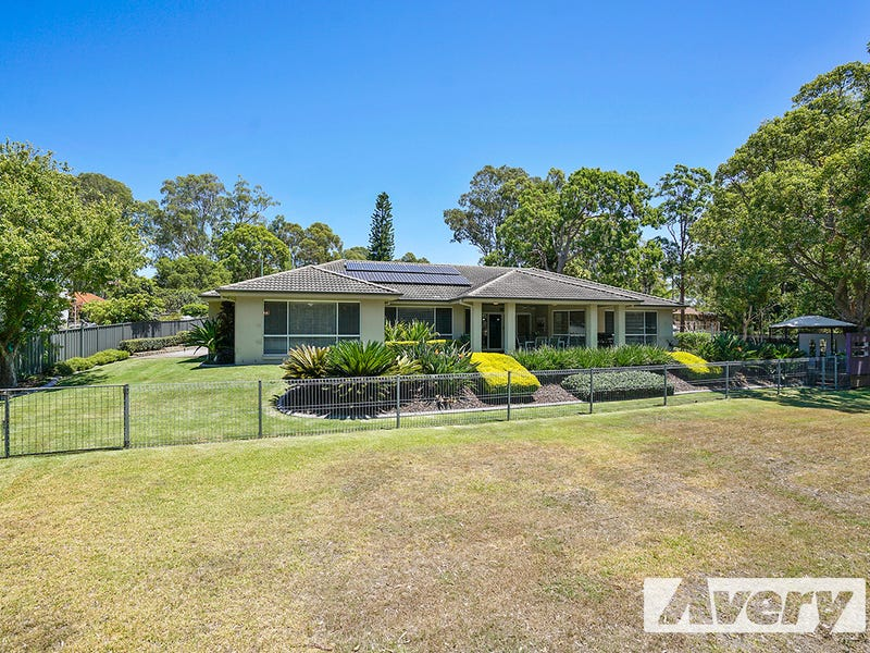 4 Earswick Crescent, Buttaba, NSW 2283