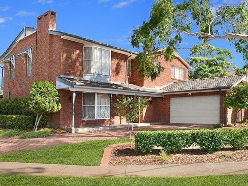 41 Elouera Crescent, Moorebank, NSW 2170