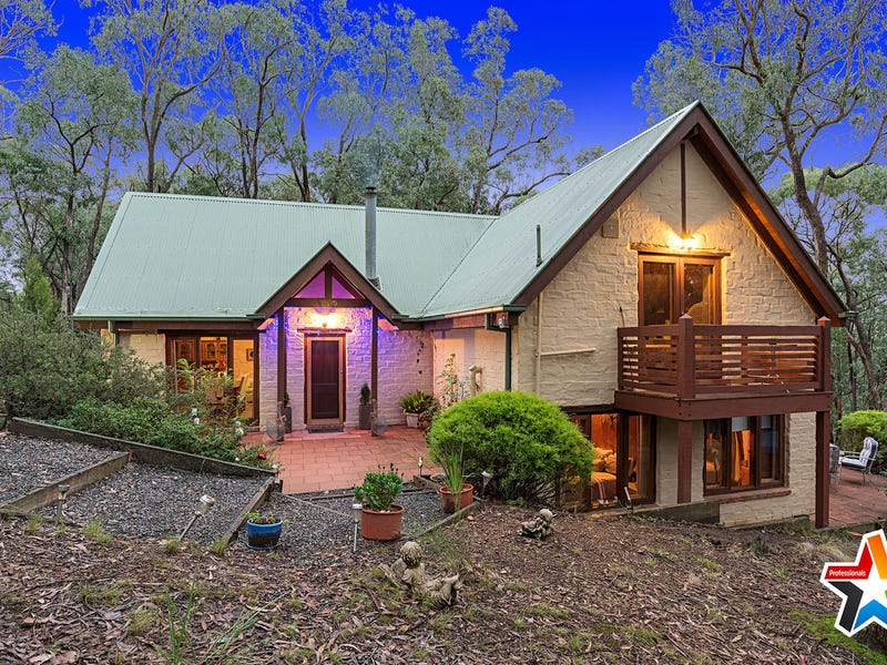 118 Wallace Road, Christmas Hills, Vic 3775