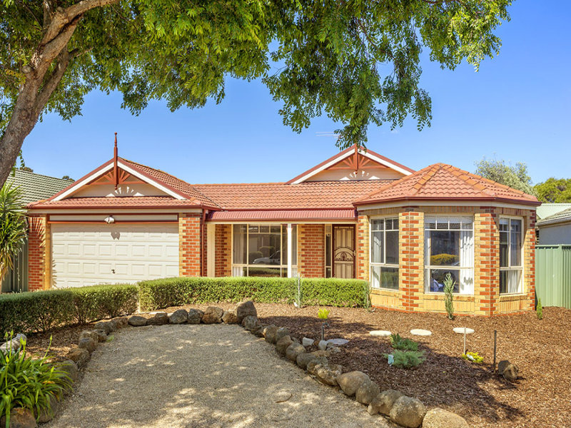 12 Charing Cross Place, Wyndham Vale, Vic 3024