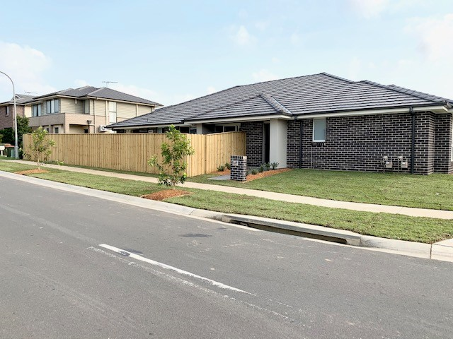 6 Tia Place, Carnes Hill, NSW 2171