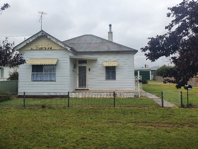 146 Macquarie Street, Glen Innes, NSW 2370
