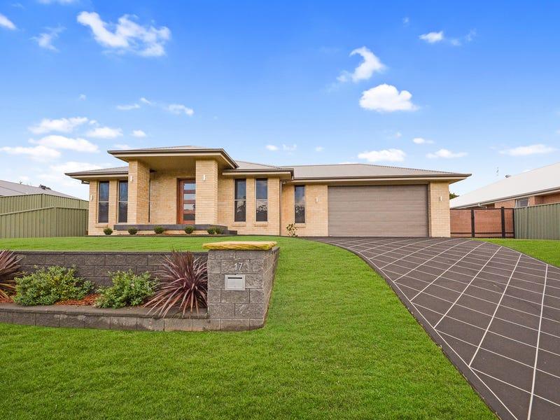 17 Hinchinbrook Close, Ashtonfield, NSW 2323