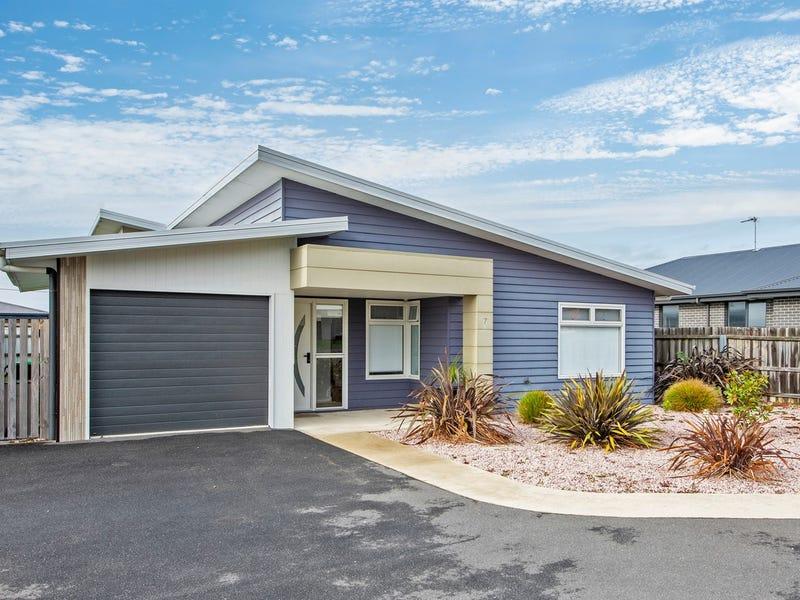 7/34 Overall Street, Sulphur Creek, Tas 7316