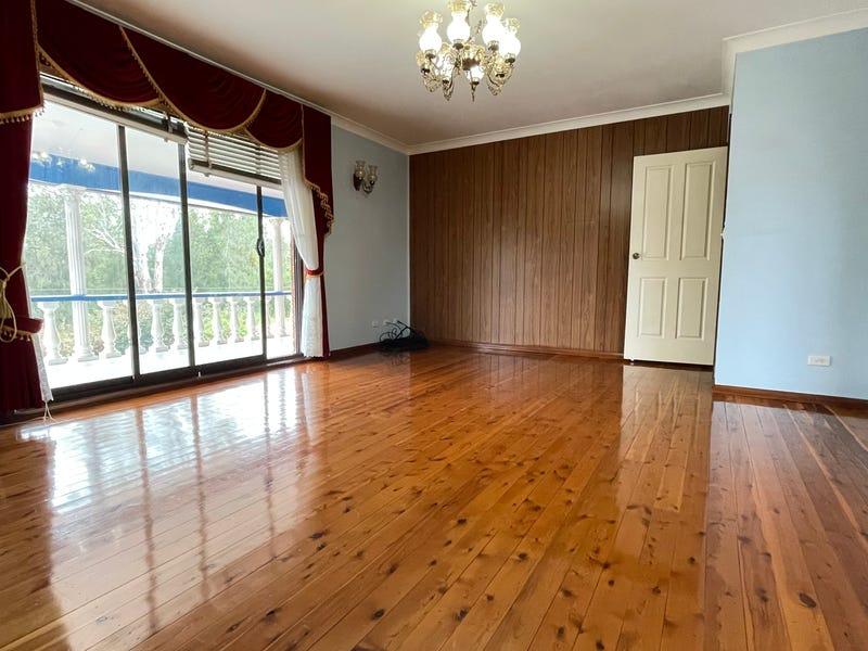 7 Homebush Street, St Johns Park, NSW 2176