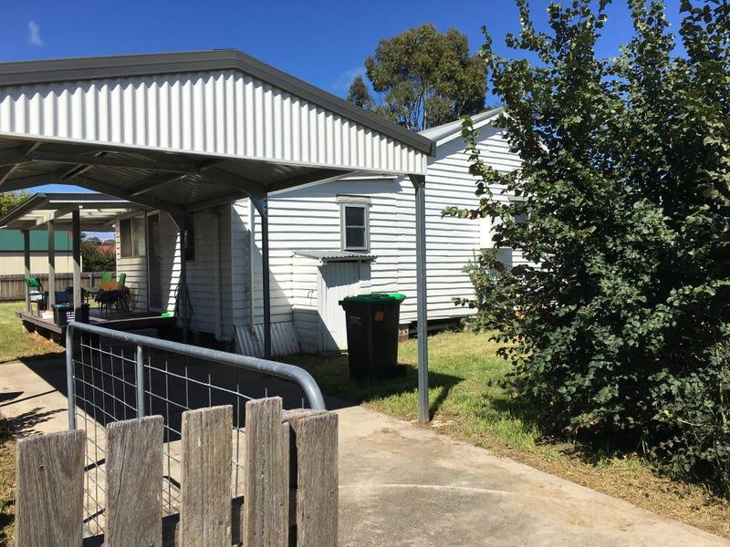101 Golgotha Street, Armidale, NSW 2350