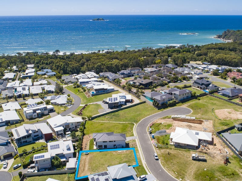 21 Grandview Cl, Sapphire Beach, NSW 2450