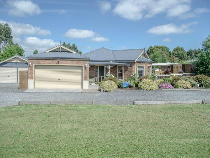 15 Hatchs Road, Nyora, Vic 3987