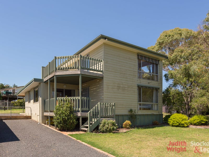 51 Red Rocks Road, Cowes, Vic 3922