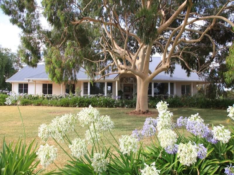 MAYBANK Roachdale Road, Holbrook, NSW 2644