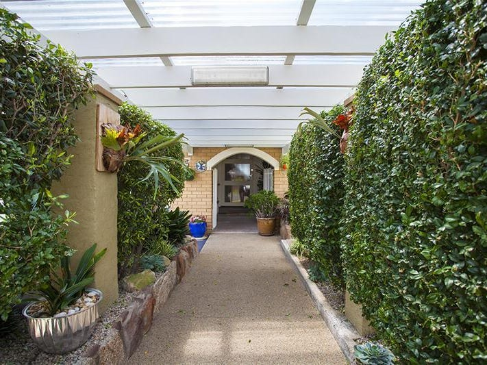 18 Ascot Street, Canley Heights, NSW 2166