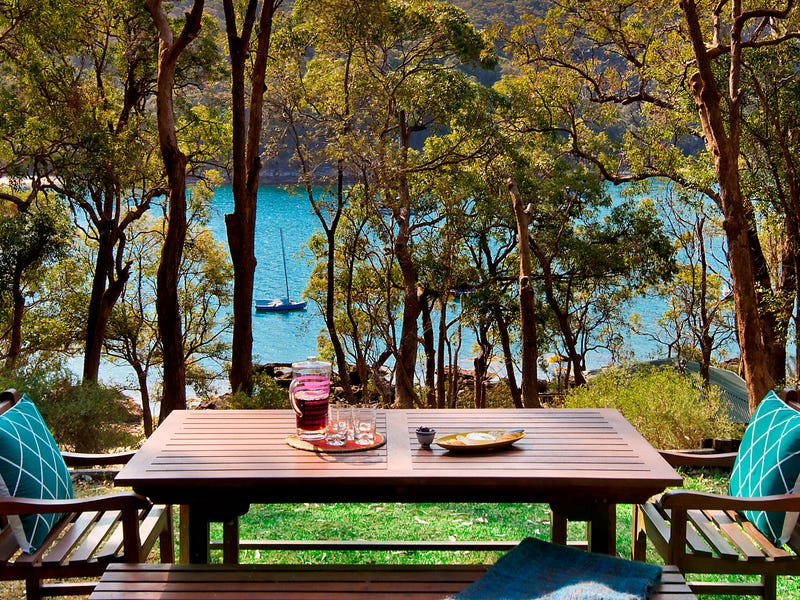 24 Coasters Retreat, Coasters Retreat, NSW 2108