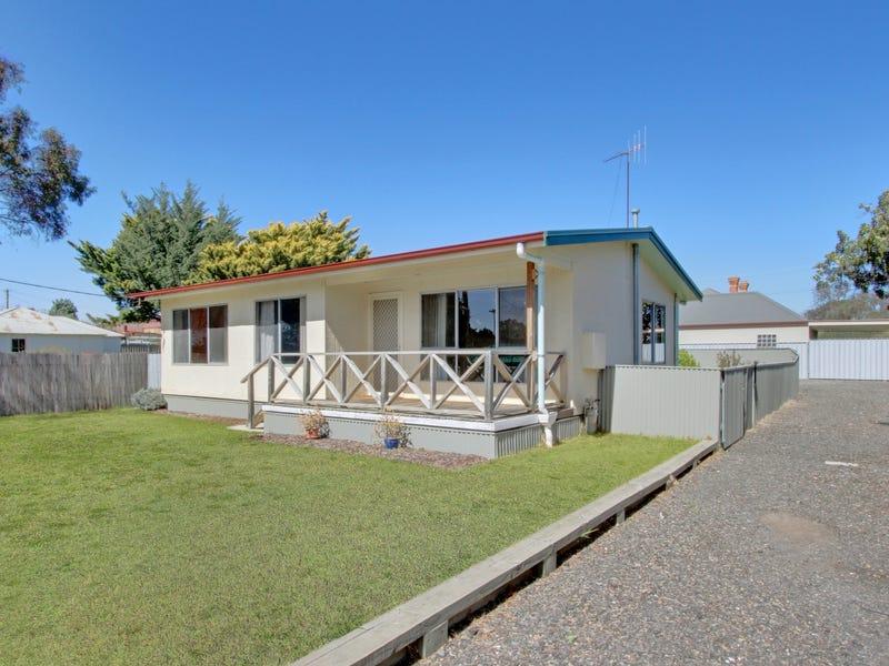 18 Fenwick Crescent, Goulburn, NSW 2580
