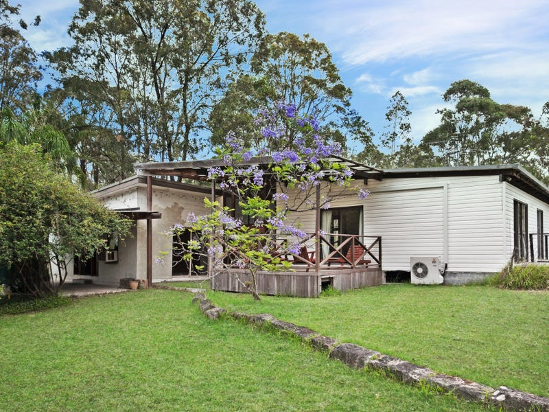 6 Six Mile Road, Eagleton, NSW 2324
