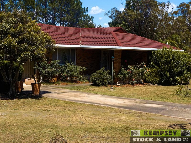 4 Fernhill Crescent, Aldavilla, NSW 2440