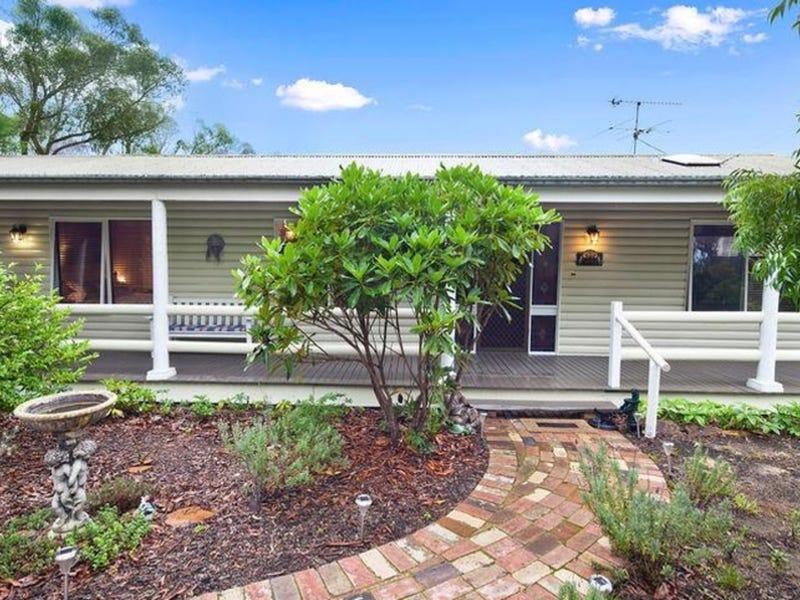 24 Queen Elizabeth Drive, Wentworth Falls, NSW 2782
