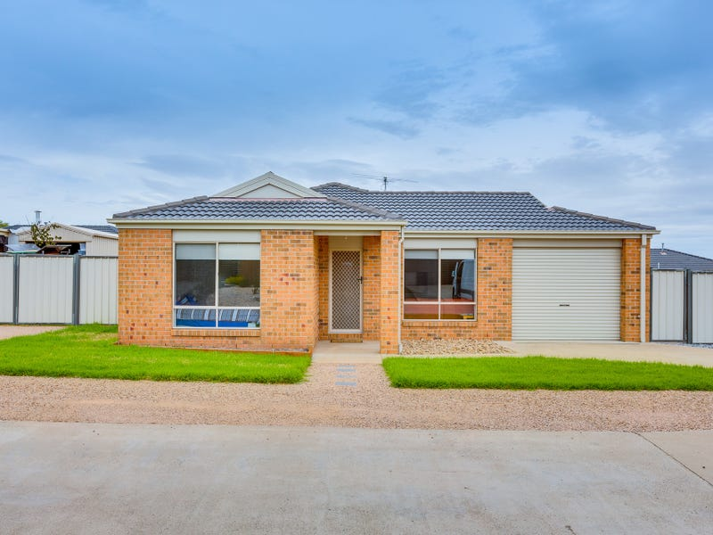 2 Second Mews, Bacchus Marsh, Vic 3340