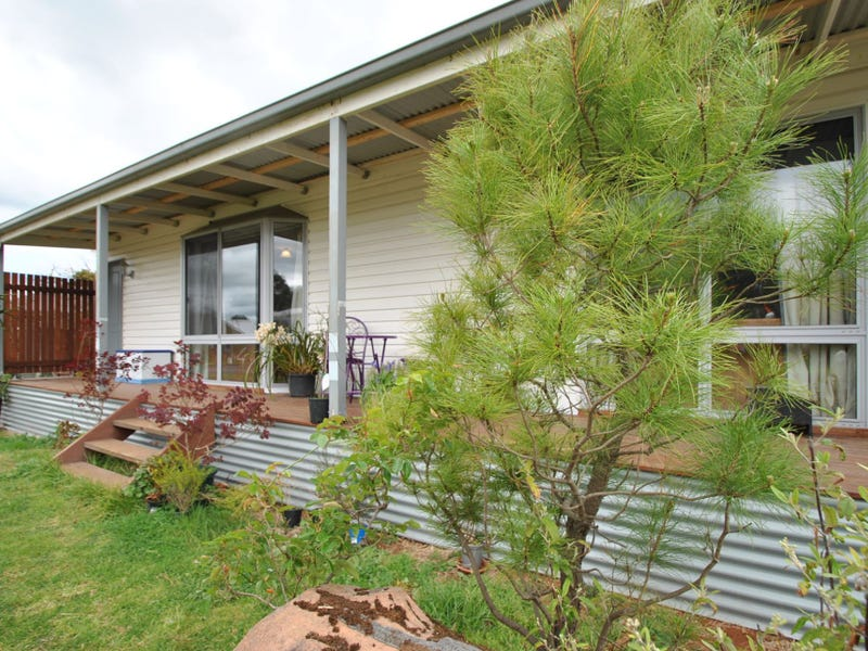 21 MILLER STREET, Dumbalk, Vic 3956