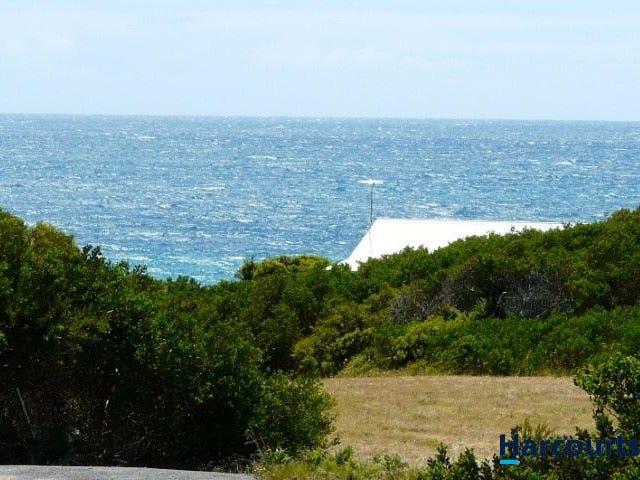 118 Bell Buoy Beach Road, Low Head, Tas 7253