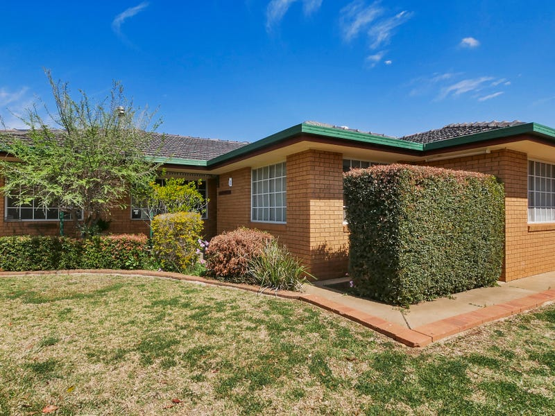 13 Buckingham Drive, Dubbo, NSW 2830
