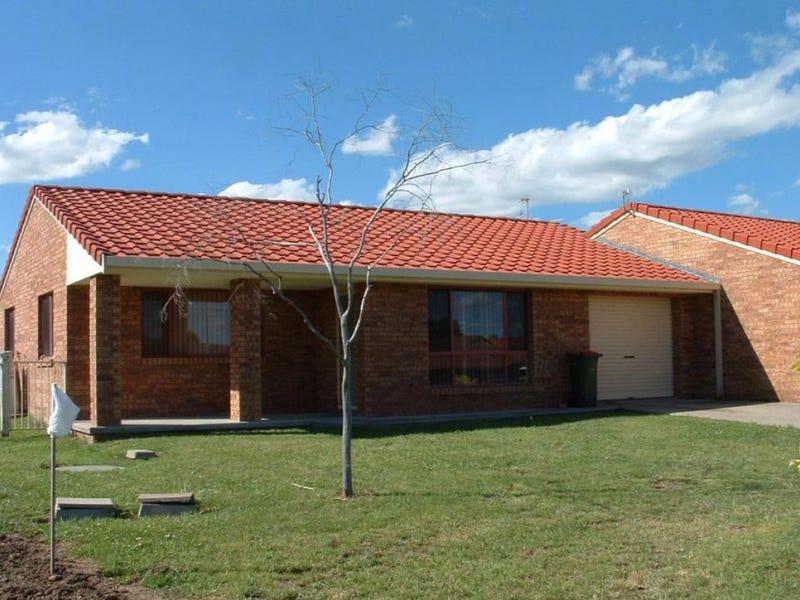 2/13 Alahna Drive, Armidale, NSW 2350