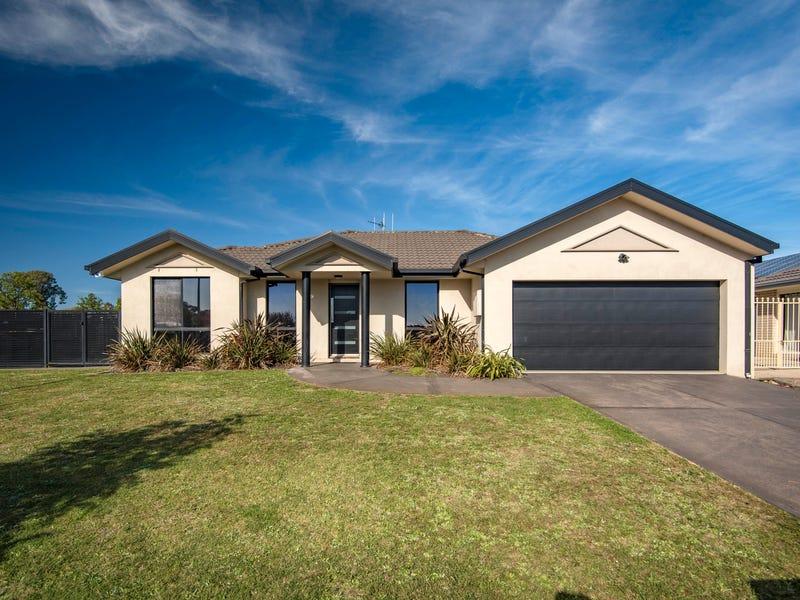 9 Dora Street, Jerrabomberra, NSW 2619