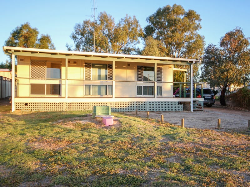 42 Cowan Road, York, WA 6302