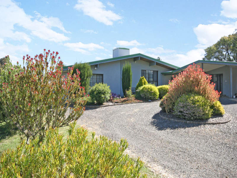 220 Boundary Road, Pipers Creek, Vic 3444