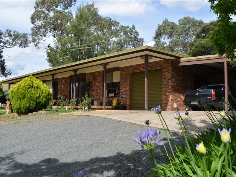 53 Cloverdale Road, Tumut, NSW 2720