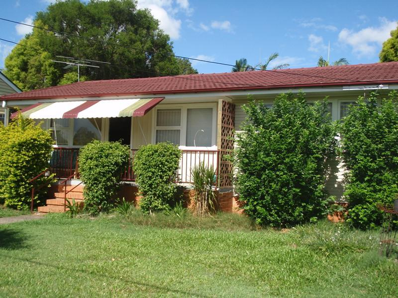 34 Briggs Road, Raceview, Qld 4305
