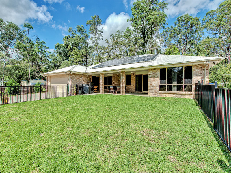 5 Hayes Avenue, Camira, Qld 4300