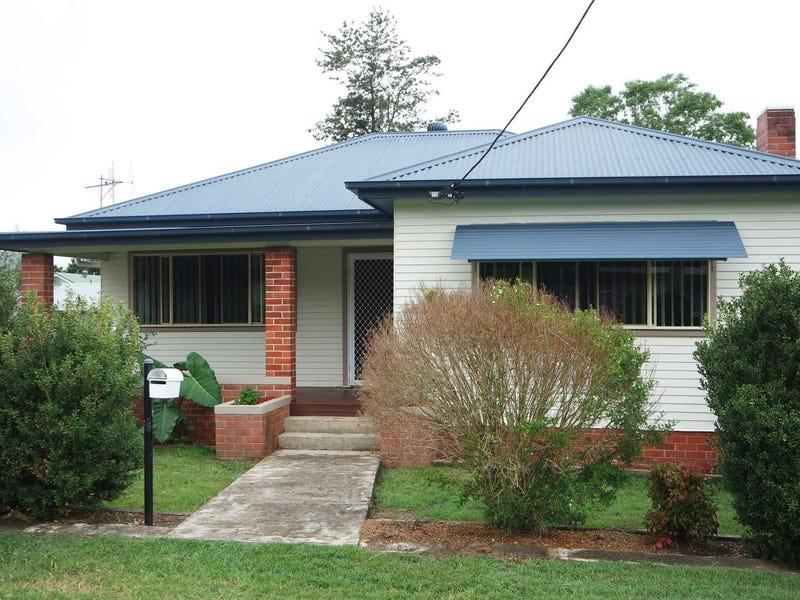 13 Queen Street, Wingham, NSW 2429
