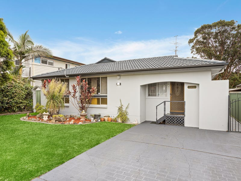 2 Camelot Place, Oak Flats, NSW 2529