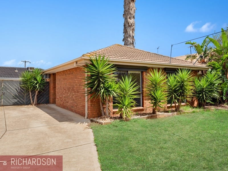 255 Greaves Street North, Werribee, Vic 3030